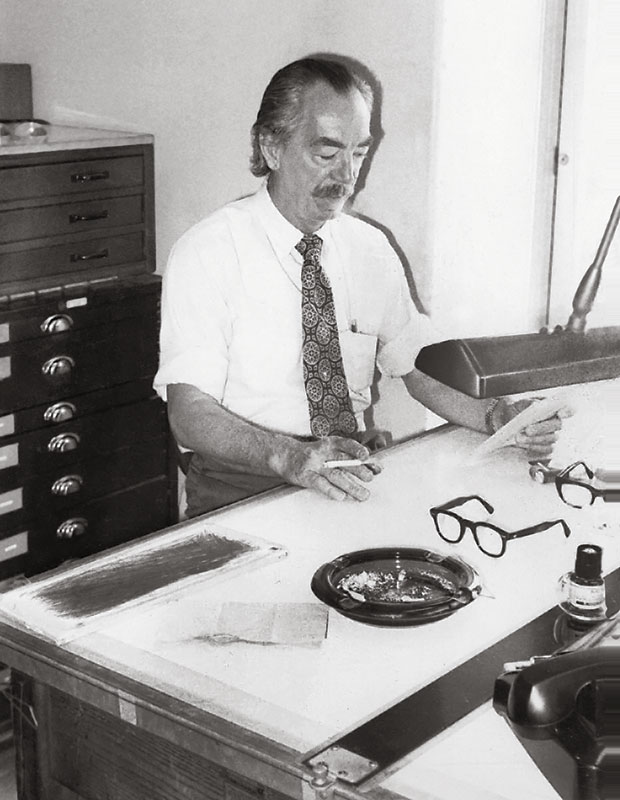 1976, IN HIS STUDIO IN THE DEPARTMENT OF PALEOBIOLOGY, ROOM E110, NATIONAL MUSEUM OF NATURAL HISTORY, SMITHSONIAN INSTITUTION, WASHINGTON, DC (PHOTO BY BRUCE W. HAYWARD). COURTESY SMITHSONIAN INSTITUTION.